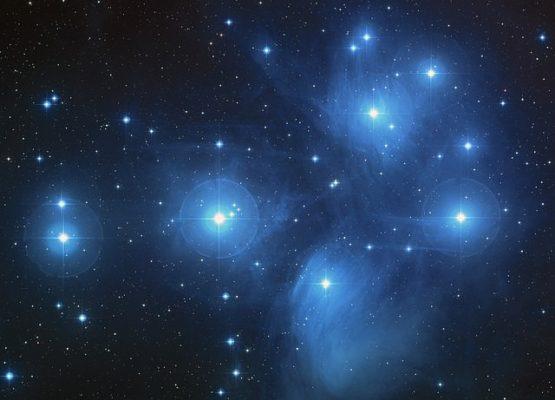 Jersey Stoffe mit Sternen erlauben traumhafte Nächte!