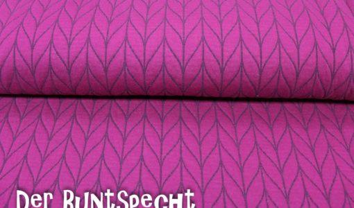 Knit Knit Stepp
