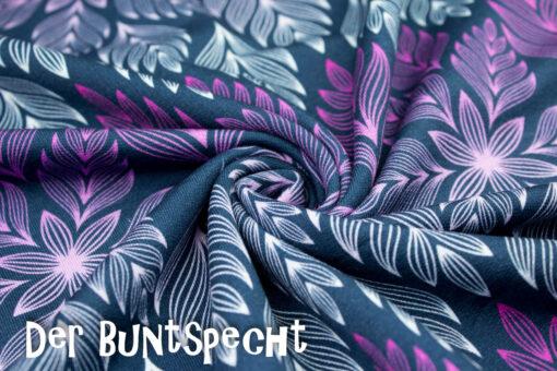 Sweatshirtstoff Winter Blossom byLycklig Desgin Große Blätter lila