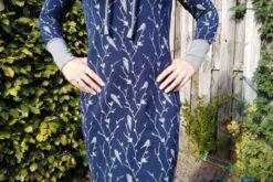 Nähbeispiel Muster Sweatshirt Stoff Bella Design dunkelblau