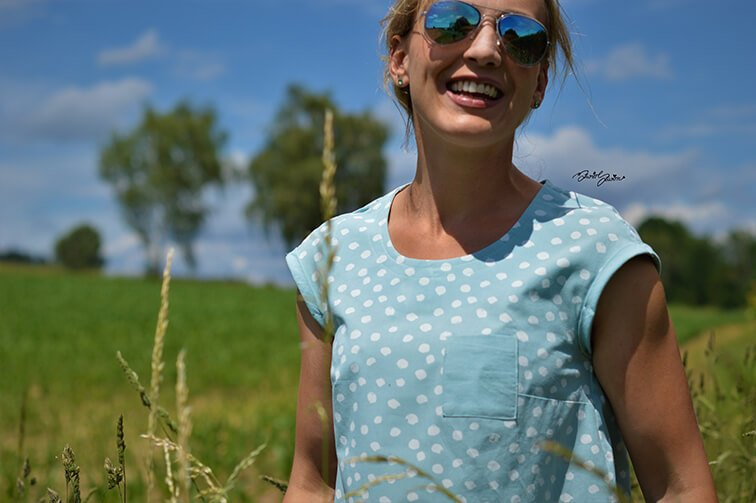 Baumwollstoff Paulina Dots_Naehbeispiel1-himmelblau