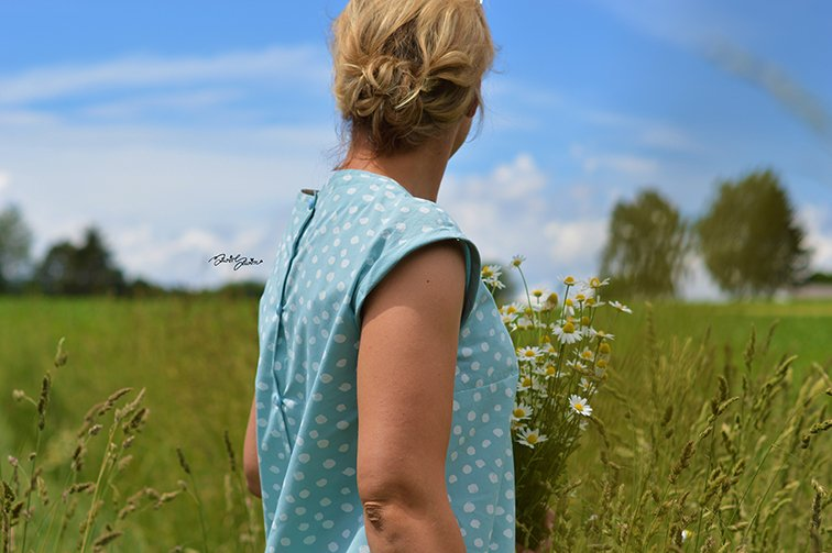 Baumwollstoff Paulina Dots_Naehbeispiel2-himmelblau